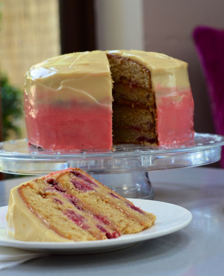 Photography at brown sugar cafe , Billericay. Here a raspberry and caramel ombré cake. Let me tell you this cake was hard to resist