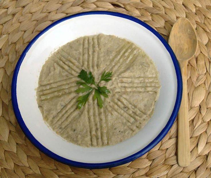 Mütebbel - Tahinli Patlıcan Salatası