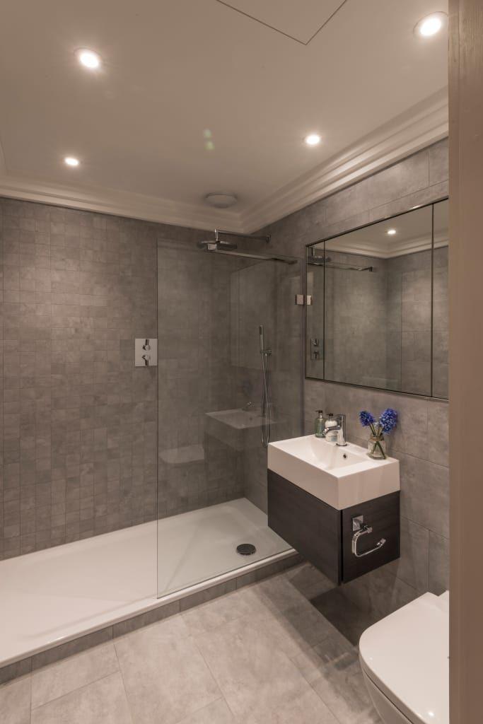 Více než 25 nejlepších nápadů na téma Bad sanieren jen na - badezimmer vorher nachher