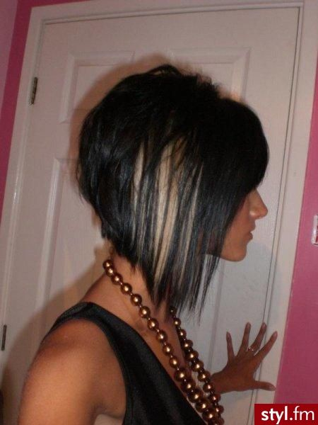 Kinda wanna cut my hair like this. @Katharine Yount what do you think?
