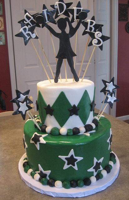 cheerleading tiered cake