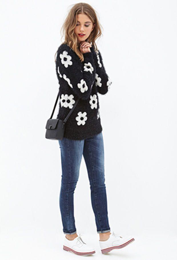 FOREVER 21 Fuzzy Daisy Sweater Black/Cream