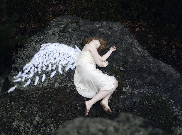 комнату ещё как выглядит ангел хранитель фото настоящий снимков