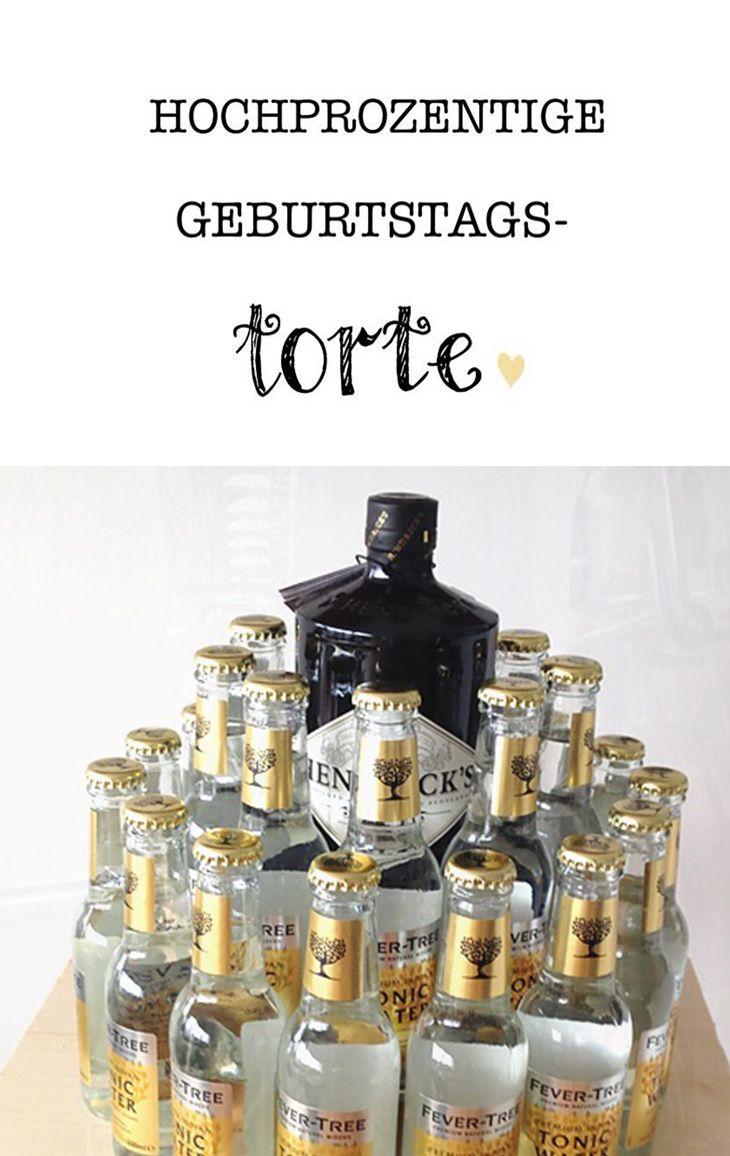 Gin Tonic Torte - das flüssige Geschenk für echte Männer. Ganz ohne backen und ein garantierter Hingucker auf der Geburtstagsparty. #geschenk #schenken #geburtstag #geburtstagsgeschenk #torte #geburtstagstorte #alcohol #alkohol #gin #hendrix #tonic #fevertree #vodka #redbull #absolutvodka #present #gift #giftideas #austrianblogger #diyblogger #diy #birthdaycake #cake