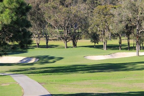 The 15th - A downhill par 3 of 157 metres, this hole has a new green which was opened in 2012. The green is a large 3 level green designed by Wayne Grady and is protected by bunkers on both sides. A tee shot to the wrong side of the green will leave a difficult putt over the ridge in the middle.