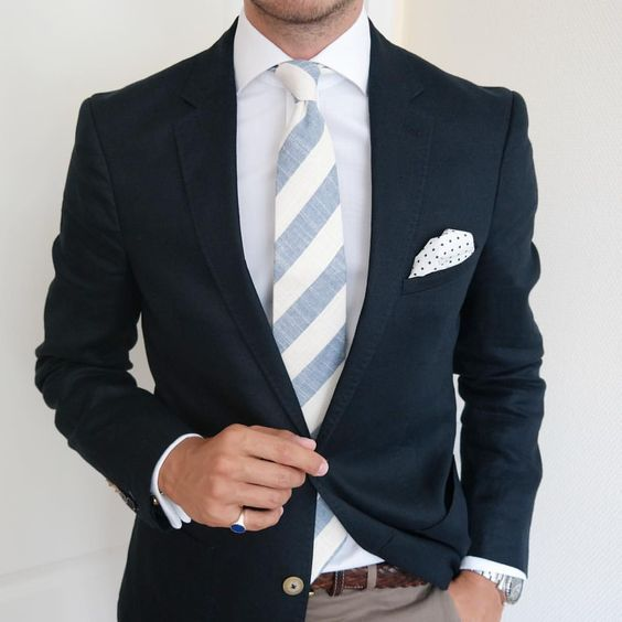This style fits perfectly to a KEPLER Lake Constance Accessoires. www.kepler-lake-constance.com #gentleman #fashion