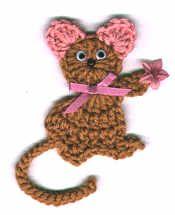 Mitiz Mouse Fridgie  free crochet pattern http://www.crochetmemories.com/archive/may4.html