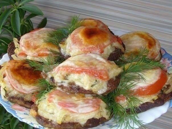 Фото к рецепту: Печень с овощами