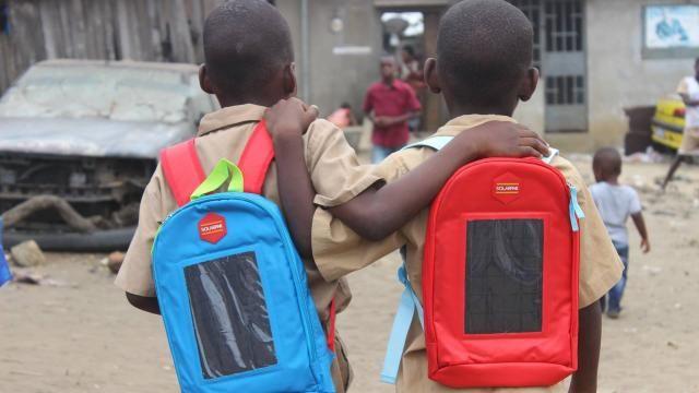 Les Observateurs. Article. Les cartables solairs ivoiriens