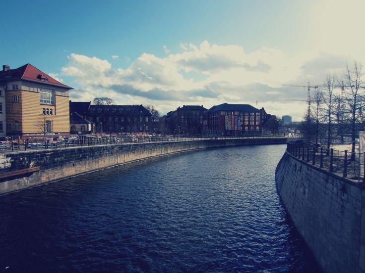 berlin bridge view | photoshooting Dorin
