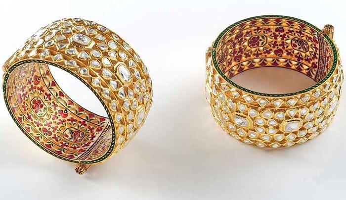 Bangle Pair of Jadau work with Uncut Diamonds