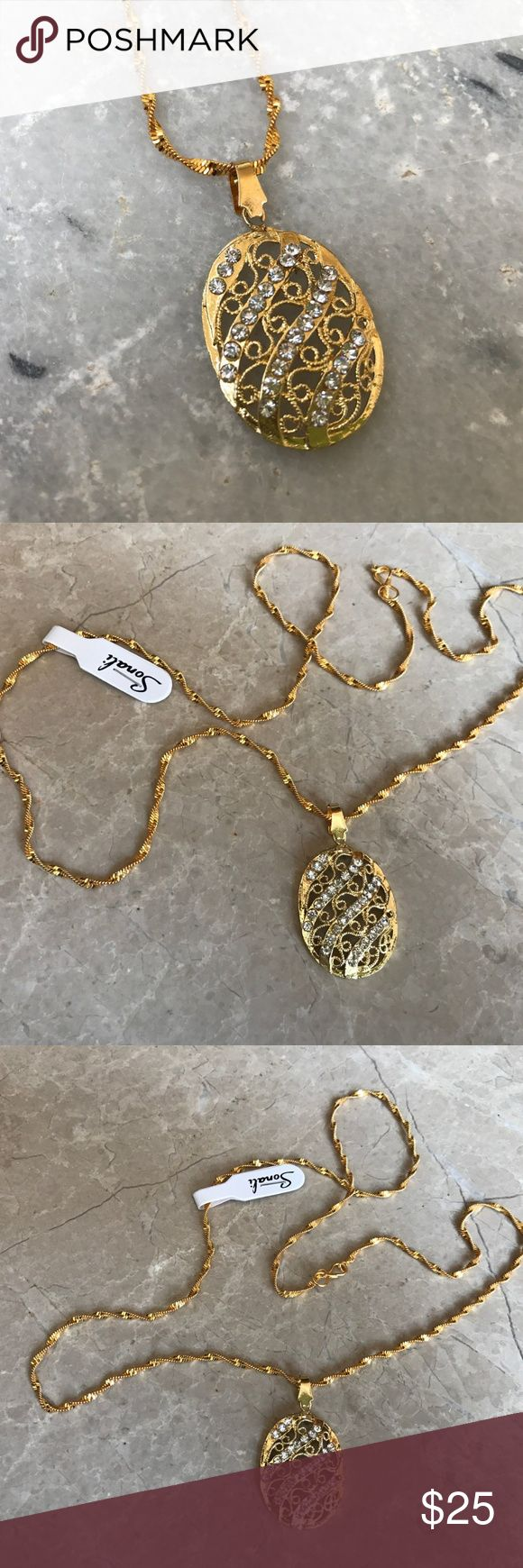 Women Pendant Necklace Gold Chain Neck Indian Mala Women's Pendant Necklace Gold Chain Neck Indian Mala Bollywood Traditional Jewelry  Color: Gold ( See the Photos )  Size: 24 Inches long Chain  NOTE: This is an artificial Jewelry and not real gold.   Brand New, Never Used Jewelry Necklaces