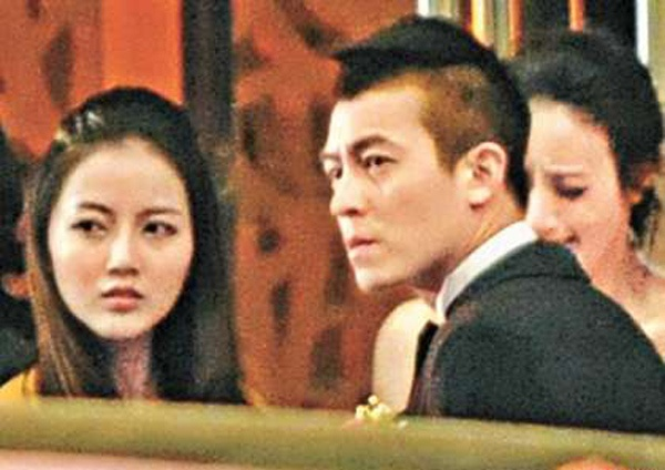 A leopard doesn't change its spots, and this obviously applies to our beloved playboy Edison Chen (陈冠希).    After dating teen model Cammi Tse (谢芷蕙), Edison turned his attention to mainland actress Joyce Wu (吴思凡) by sending her loads of flirtatious text messages when the two were working on a microfilm in Beijing last month.    In the messages, Edison kept asking Joyce to meet him at his hotel.
