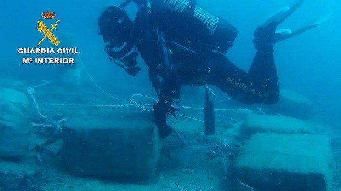 La Guardia Civil interviene cerca de 900 kilos de hachís en embarcaciones de recreo   JerezSinFronteras.es