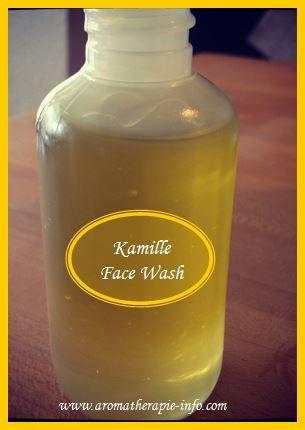 Deze diy kamille face wash  is zowel geschikt  voor de droge en gevoelige huid als voor de onzuivere huid.    Echte kamille is rustgevend, verzachtend en werkt huid zuiverend.