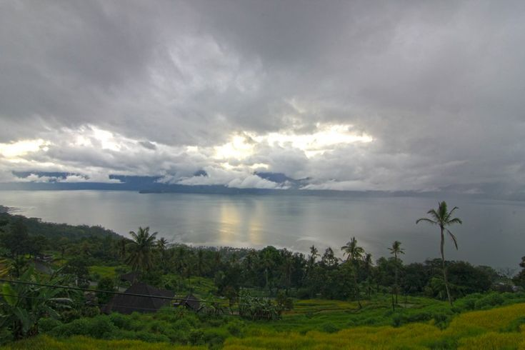 Lake Maninjau Legendary Lake In The Heart Of Agam West Sumatra Dengan Gambar