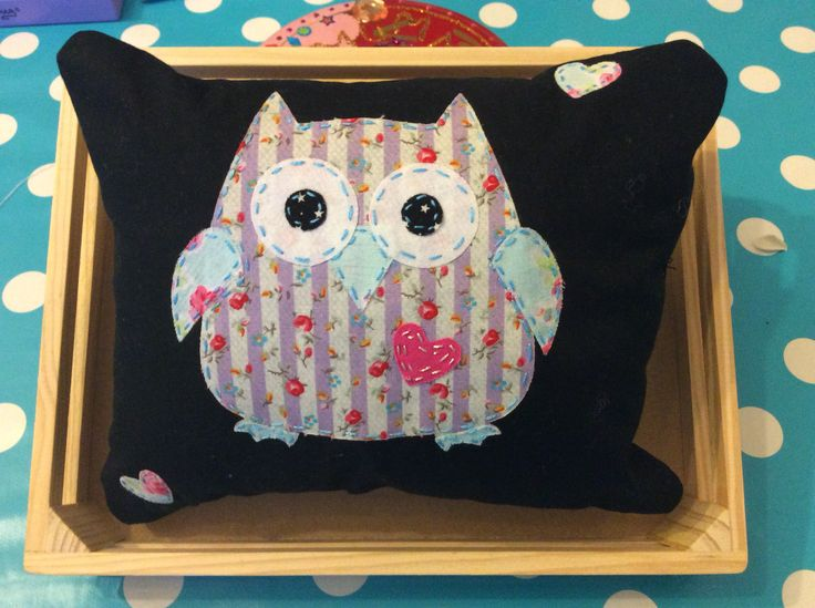 Micro Pillow with appliqué owl (Sizzix Die) January 2015