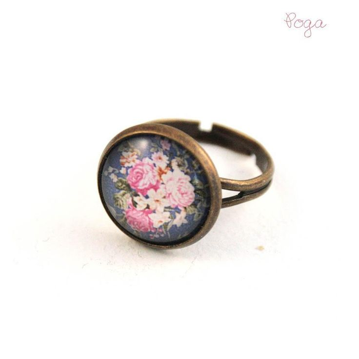 This summer brings #vintage #jewellery vibes with this beauty of a ring! #roses and #chabbychic is the perfect festival combination to choose! Get your ring from #poga here: http://pogashop.ro/inel-roses_62518 #makealivingdoingwhatyoulove #sellonlinewithsoldigo #turnyourhobbyintoacareer #beyourownboss #glassring #handmadewithlove #handmadejewelry #rosesring
