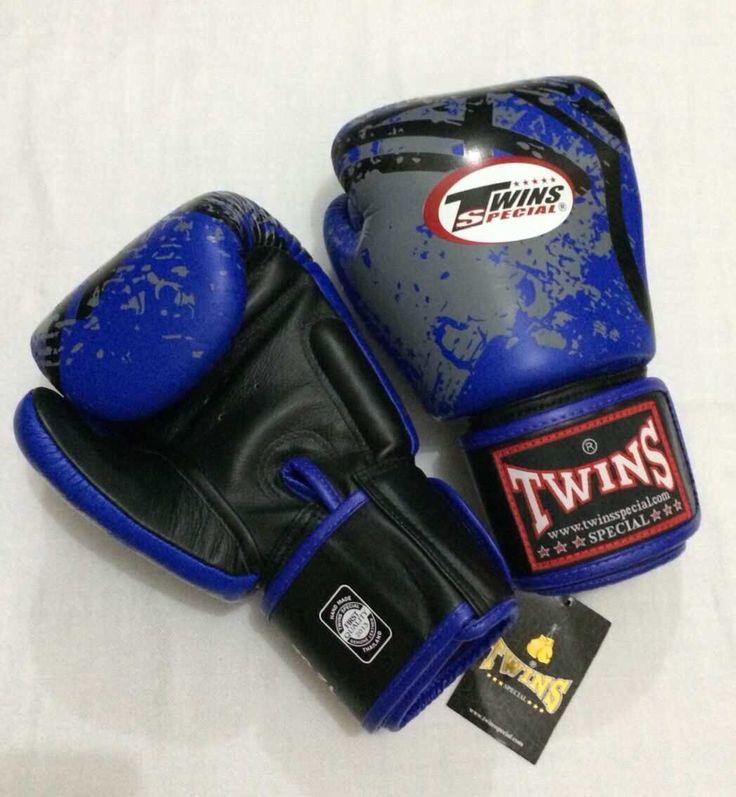 TWINS Fancy Bento Blue Twins Special Premium Leather  Made in Thailand  Size & Price: -   8oz: IDR 800,000.00 - 10oz: IDR 850,000.00 - 12oz: IDR 900,000.00 - 14oz: IDR 950,000.00  Contact: BOXAH Email: info@boxah.com Web: www.boxah.com Instagram: Boxahid Whatsapp: +6281295058111 BBM: 2B0D591A