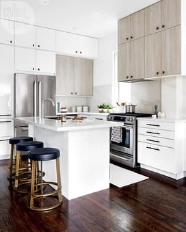 BML is an experienced Toronto IKEA kitchen installation & renovation company. When you choose us, you are choosing a worry-free, well-managed experience.