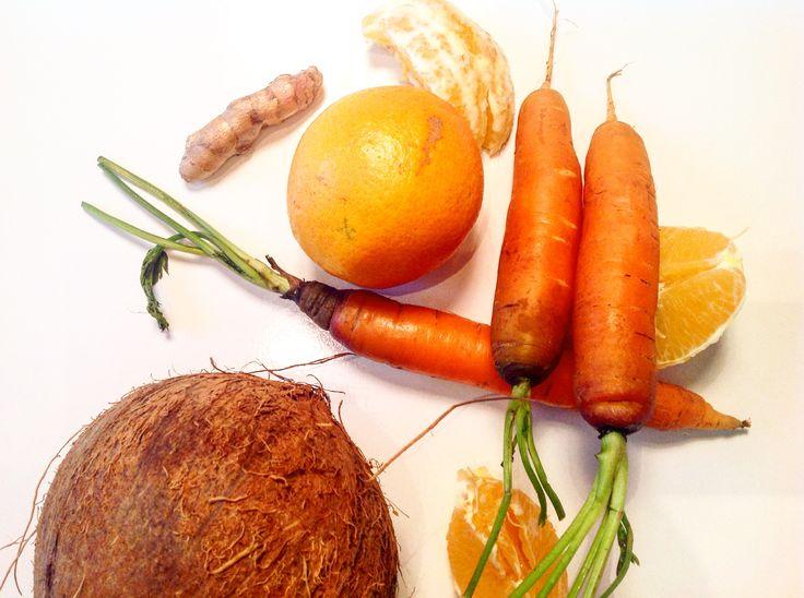 C'est délicieux  http://les-kifs-de-sandra.com/jus-cremeux-coco/ #coco #fruits #légumes #curcuma