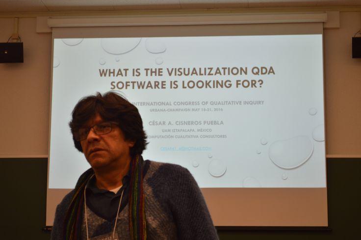 Profesor Cesar Cisneros, especialista en Software de investigación cualitativa: Atlasti-Maxd Qda,