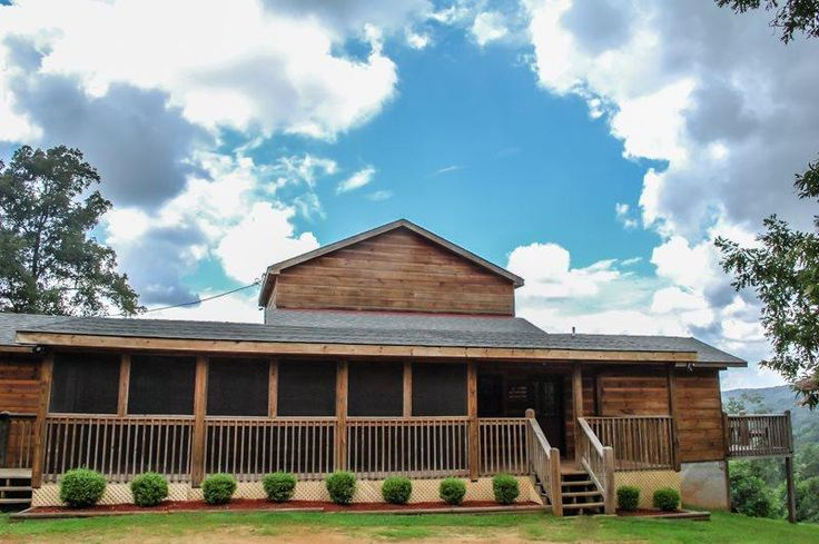 GOOSE ISLAND GETAWAY- 3BR/2.5BA- SUPER SECLUDED CABIN SLEEPS 7, AWESOME MOUNTAIN VIEW, GAS LOG FIREPLACE, HOT TUB, SCREENED PORCH! STARTING AT $120 A NIGHT! - Image 1 - Blue Ridge - rentals