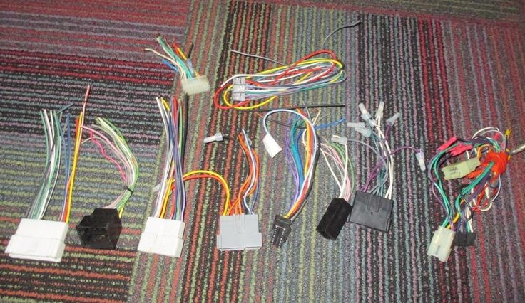 LOT OF 7 NEW & USED METRA CAR STEREO DASH WIRING & 3 STEREO WIRING, JVC, CLARION