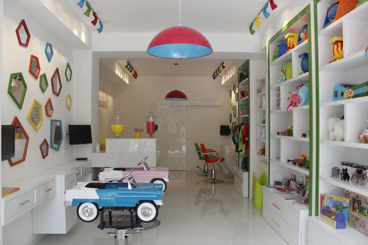 25 best ideas about kids salon on pinterest childrens for Abrakadabra salon