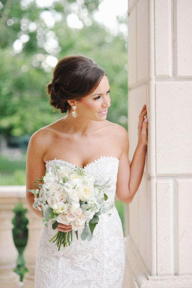 beautiful bridal pose