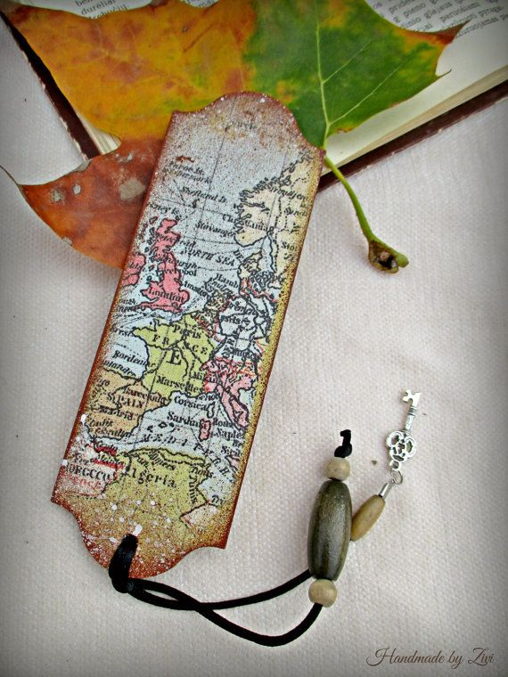 Travel theme map wooden bookmark, book accessory, vintage map bookmark, atlas bookmark, traveler bookmark, gifts for readers, postage stamps
