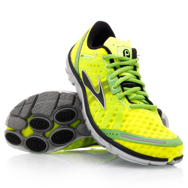 Running shoes in refreshing yellow color.