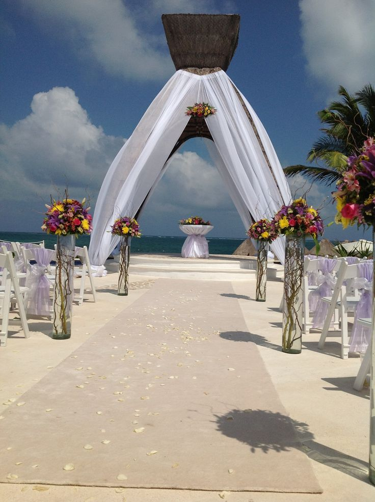 The gazebo can be dressed up or simple, classic and gorgeous as seen here! #lizmooreweddings #lizmooredestinationweddings #Lizmooremexico #lizmooredreamsrivieracancun