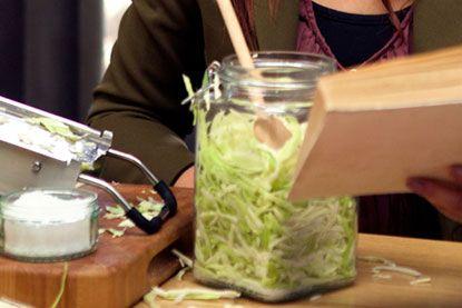 Zelf zuurkool maken - Foodies