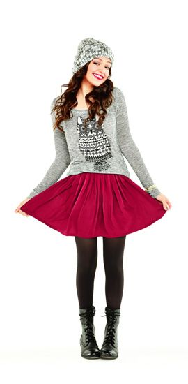 Just ove the whole outfit. The skater skirt, the tights, the beanie, the boots and of course the OWL SWEATER