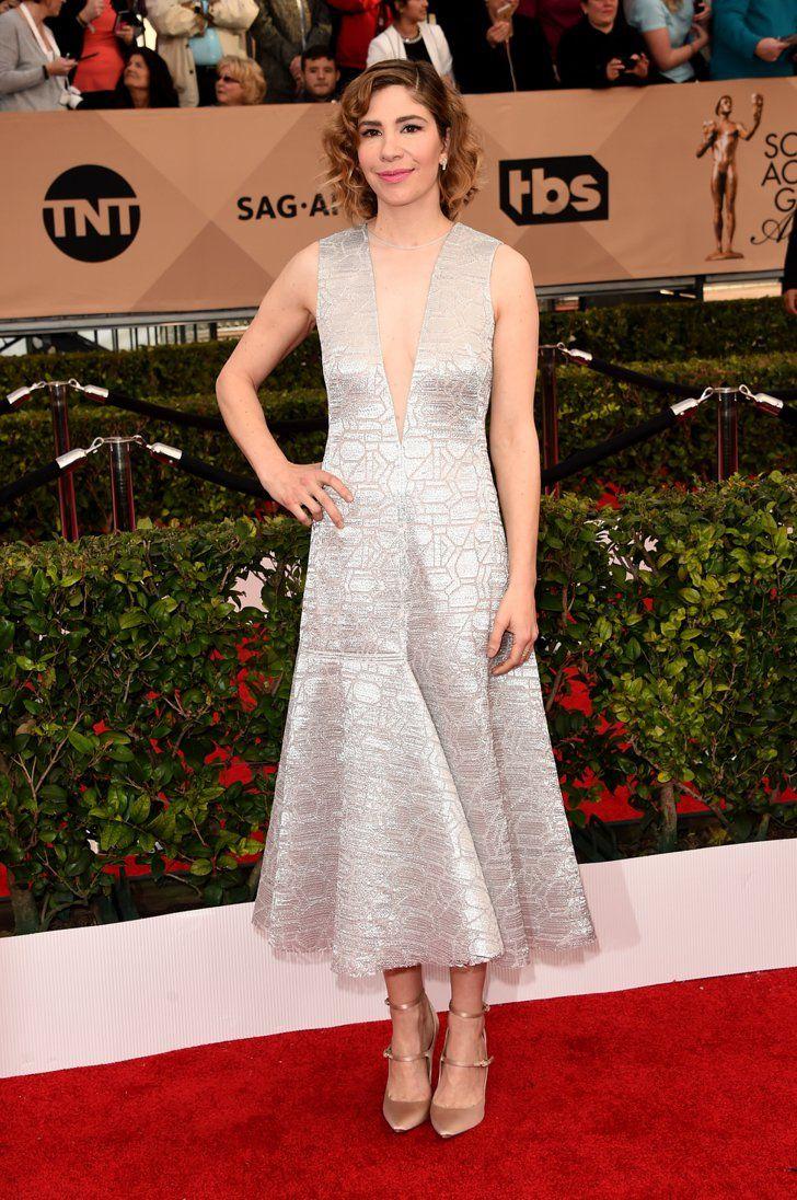 Pin for Later: Jetez un Oeil à Toutes les Superbes Tenues des SAG Awards Carrie Brownstein Portant une robe signée Akris.