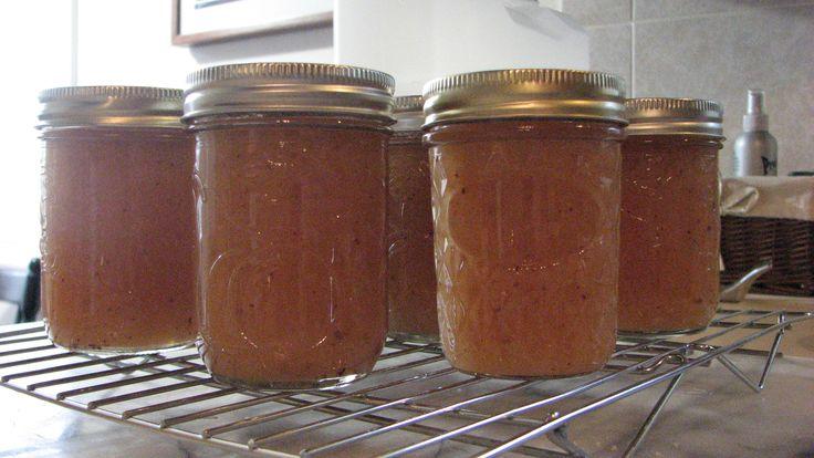 Crab Apple Sauce http://tastykitchen.com/recipes/canning/crab-apple-sauce/