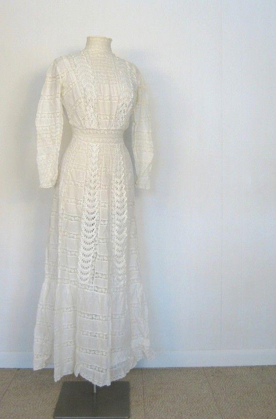 Antique Wedding Dress / 1800s  Wedding Gown