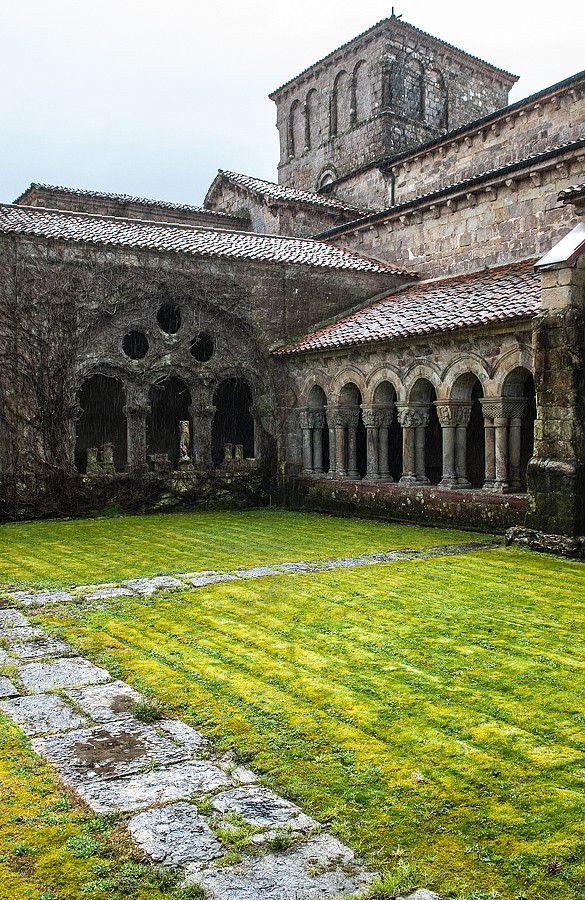 In the cloister of Collegiata de Santa Juliana, Santillana de Mar. #Cantabria #Spain