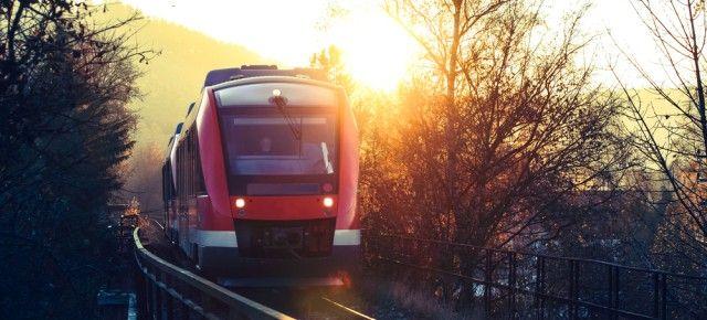 Deutsche Bahn Fahrkarten: So bekommt ihr immer das günstigste Ticket (Preisunterschiede bis zu 75%)
