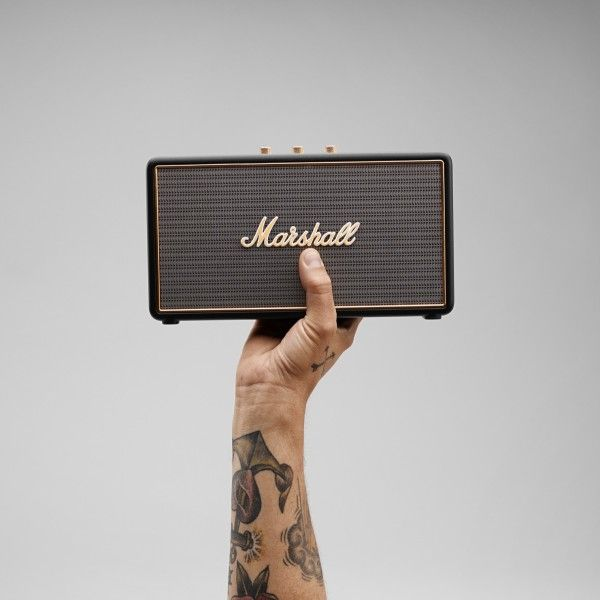 Built for life on the road, the Stockwell is the smallest travel speaker made by Marshall today. This portable active stereo speaker weighs just 1.20 kg, which