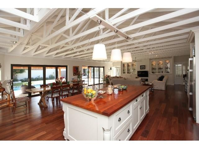3 bedroom House for sale in Constantia   Greeff