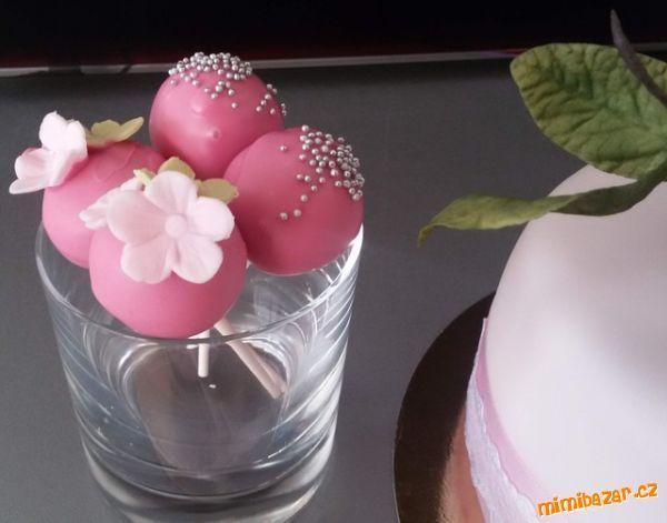 Cake pops dortová lízátka