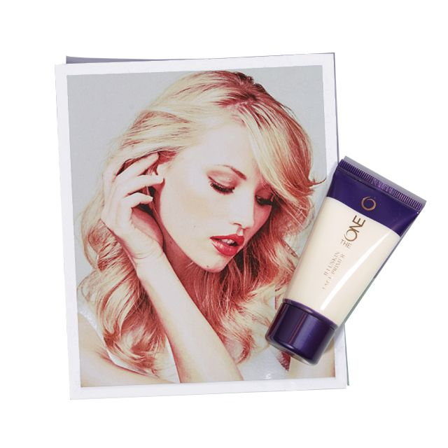 Prebase para rostro the ONE.  El aliado perfecto para tu maquillaje. Unifica el tono de la piel, prolonga la duración del maquillaje y minimiza la apariencia de los poros* gracias a su Tecnología HaloLight™.