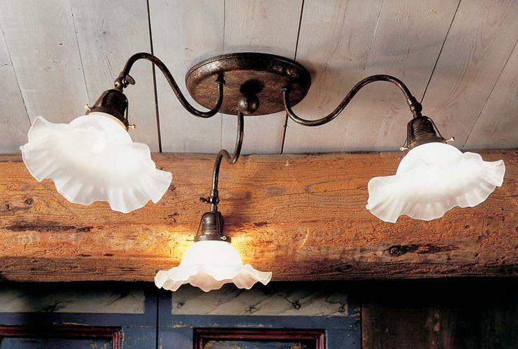 Braga Larin antik hatású lámpa, vidékies hangulat, kézzel formázott üvegbúárkkal,