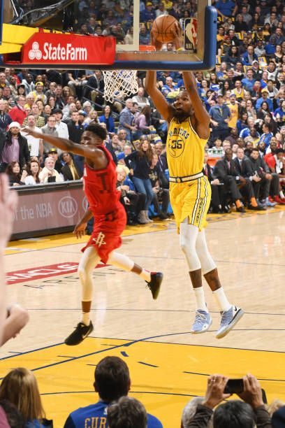 ff25f705b5c Kevin Durant of the Golden State Warriors dunks the ball against the  Houston Rockets on January 3 2019 at ORACLE Arena in Oakland California  NOTE TO.