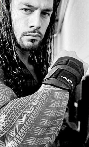 294 best images about roman reigns on pinterest roman regins champs and dolph ziggler. Black Bedroom Furniture Sets. Home Design Ideas
