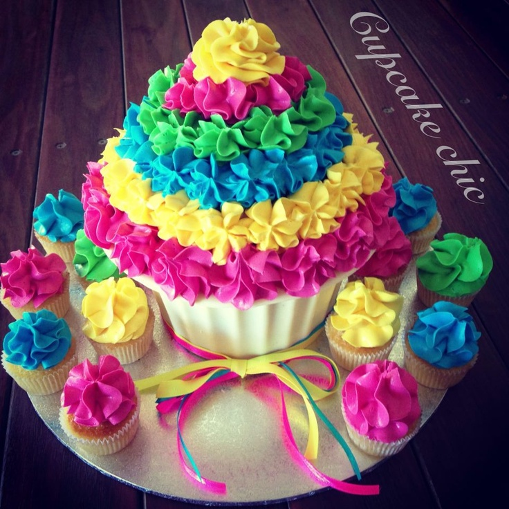3360 best CAKES WITH MATCHING CUPCAKES CUPCAKE TOWERS images on