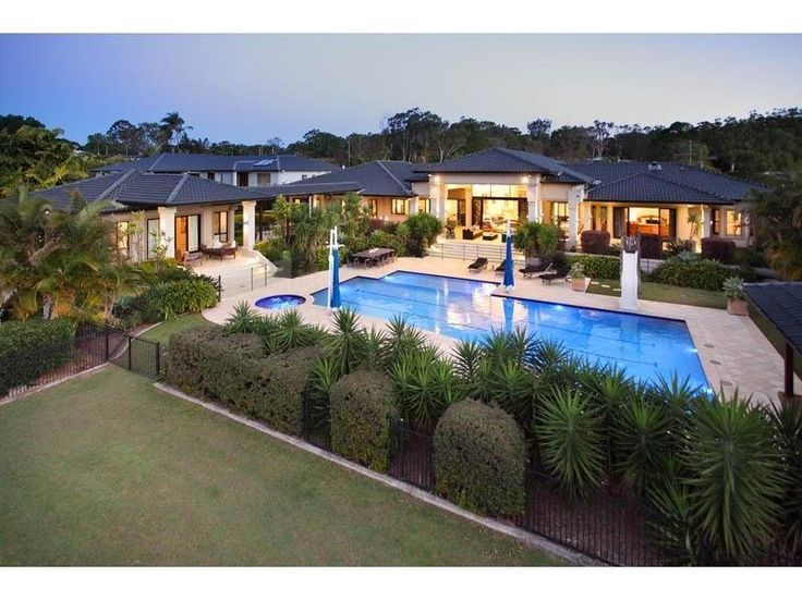Back of house. More grandiose than we are looking at. 620 London Road, Chandler, Qld 4155