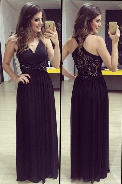 When you dress it will make you look more elegant. This floor-length back cross lace splicing pure color dress has its own unique features.